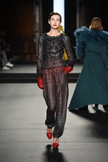 Julien Fournié 2018-19AW Couture パリコレクション 画像24/37