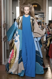 VALENTINO 2018-19AW Couture パリコレクション 画像1/82