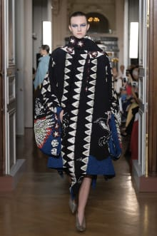 VALENTINO 2018-19AW Couture パリコレクション 画像18/82