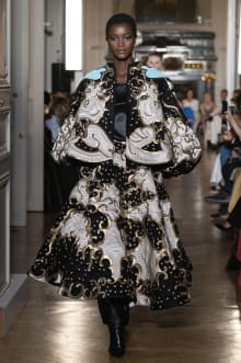 VALENTINO 2018-19AW Couture パリコレクション 画像24/82