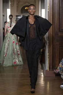 VALENTINO 2018-19AW Couture パリコレクション 画像49/82