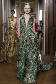 VALENTINO 2018-19AW Couture パリコレクション 画像74/82