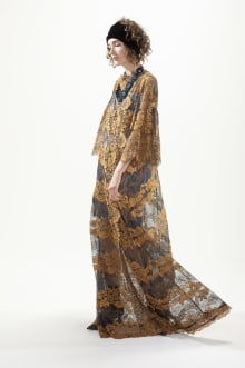 YUKIKO HANAI 2018-19AWコレクション 画像9/14