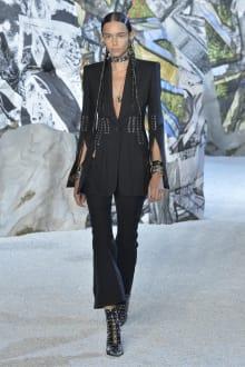 Alexander McQueen 2019SS パリコレクション 画像6/41