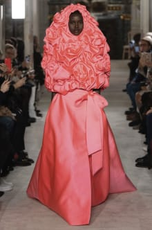 VALENTINO 2019SS Couture パリコレクション 画像1/73