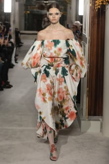 VALENTINO 2019SS Couture パリコレクション 画像16/73