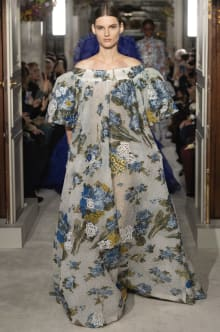 VALENTINO 2019SS Couture パリコレクション 画像32/73