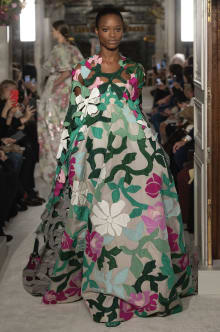 VALENTINO 2019SS Couture パリコレクション 画像49/73