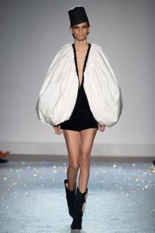 Giambattista Valli 2019SS Couture パリコレクション 画像3/54