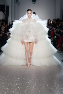 Giambattista Valli 2019SS Couture パリコレクション 画像13/54