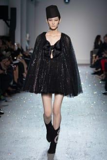 Giambattista Valli 2019SS Couture パリコレクション 画像14/54