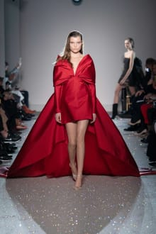 Giambattista Valli 2019SS Couture パリコレクション 画像24/54