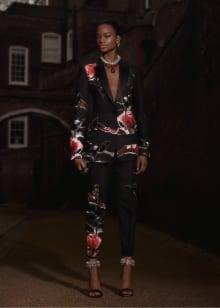 Alexander McQueen 2019 Pre-Fallコレクション 画像24/33