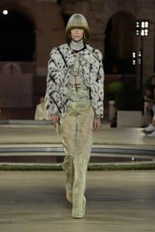FENDI 2019-20AW Coutureコレクション 画像3/50
