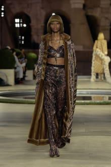 FENDI 2019-20AW Coutureコレクション 画像10/50