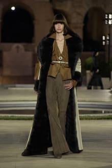 FENDI 2019-20AW Coutureコレクション 画像17/50