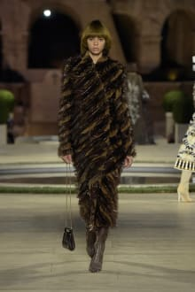 FENDI 2019-20AW Coutureコレクション 画像27/50