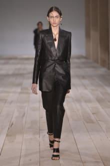 Alexander McQueen -Women's- 2020SS パリコレクション 画像2/42