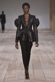 Alexander McQueen -Women's- 2020SS パリコレクション 画像4/42