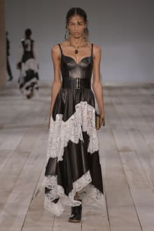 Alexander McQueen -Women's- 2020SS パリコレクション 画像7/42