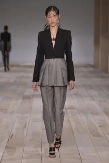 Alexander McQueen -Women's- 2020SS パリコレクション 画像13/42
