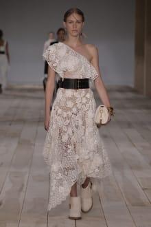 Alexander McQueen -Women's- 2020SS パリコレクション 画像17/42