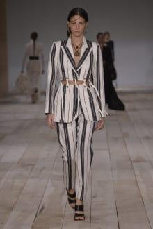 Alexander McQueen -Women's- 2020SS パリコレクション 画像21/42