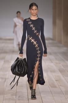 Alexander McQueen -Women's- 2020SS パリコレクション 画像23/42