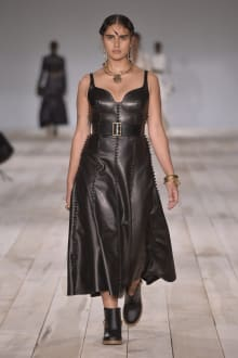 Alexander McQueen -Women's- 2020SS パリコレクション 画像25/42