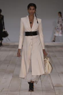 Alexander McQueen -Women's- 2020SS パリコレクション 画像26/42