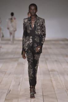 Alexander McQueen -Women's- 2020SS パリコレクション 画像31/42