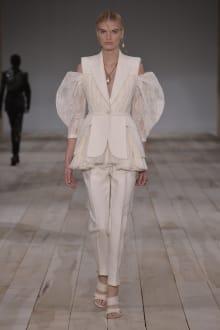 Alexander McQueen -Women's- 2020SS パリコレクション 画像34/42