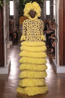 VALENTINO 2019-20AW Couture パリコレクション 画像1/82