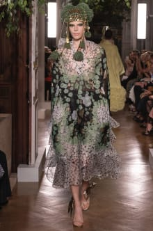 VALENTINO 2019-20AW Couture パリコレクション 画像7/82