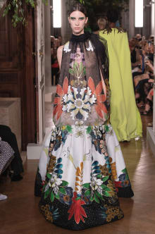 VALENTINO 2019-20AW Couture パリコレクション 画像52/82