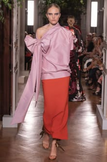 VALENTINO 2019-20AW Couture パリコレクション 画像66/82