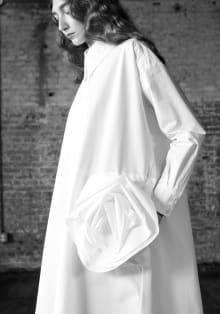 Ivy Kirk 2020 Pre-Fall ニューヨークコレクション 画像2/17