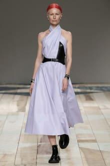 Alexander McQueen -Women's- 2020-21AW パリコレクション 画像7/47