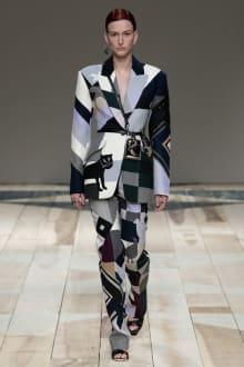 Alexander McQueen -Women's- 2020-21AW パリコレクション 画像12/47