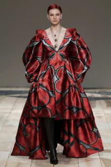 Alexander McQueen -Women's- 2020-21AW パリコレクション 画像35/47