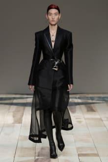 Alexander McQueen -Women's- 2020-21AW パリコレクション 画像38/47