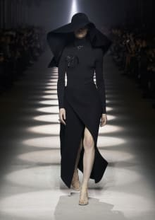 GIVENCHY 2020-21AW パリコレクション 画像1/14