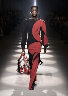 GIVENCHY 2020-21AW パリコレクション 画像2/14