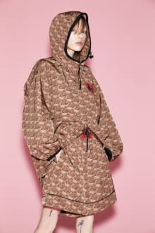 Vivienne Westwood RED LABEL 2021SSコレクション 画像1/26