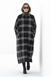 Courrèges 2021AW パリコレクション 画像1/39