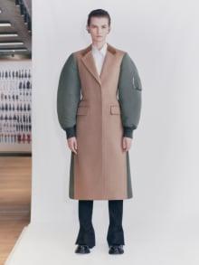Alexander McQueen 2021 Pre-Fallコレクション 画像7/29