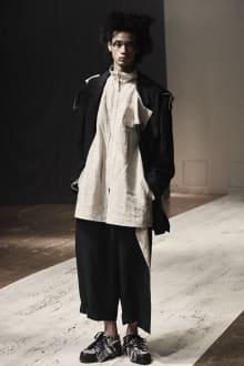 Yohji Yamamoto POUR HOMME 2022SS パリコレクション 画像1/28