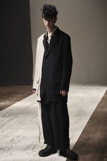 Yohji Yamamoto POUR HOMME 2022SS パリコレクション 画像2/28