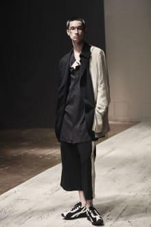 Yohji Yamamoto POUR HOMME 2022SS パリコレクション 画像3/28