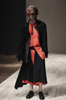 Yohji Yamamoto POUR HOMME 2022SS パリコレクション 画像7/28